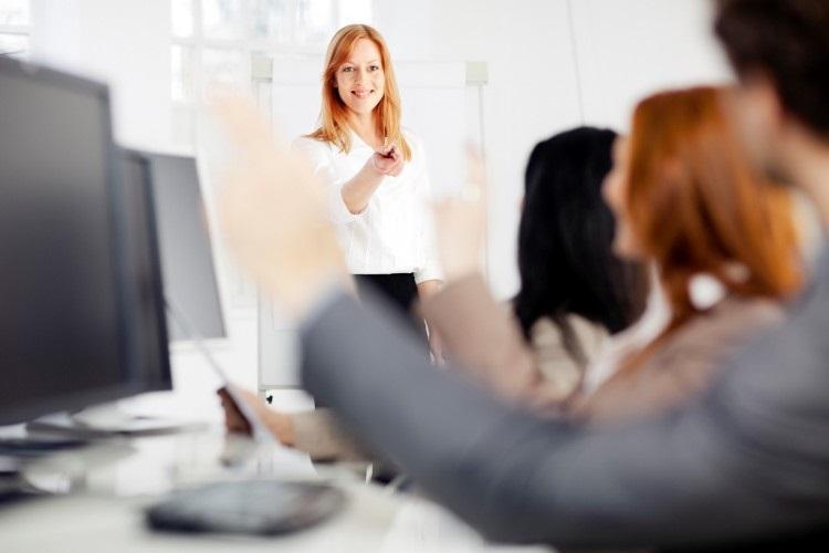 چرا حضور زنان در مشاغل مرتبط با تکنولوژی کم رنگ است؟